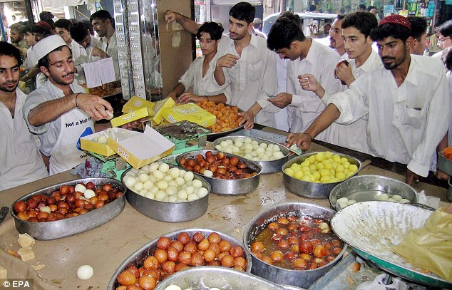 Do Pakistanis Really Care What They Eat And How Much They